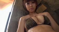 永作あいりちゃんがお風呂で巨乳をゴシゴシ!